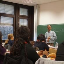 STUBE - Auf Jobjagd! Berufseinstieg in Deutschland - Präsentation Herr Dr. Mbida