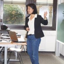 STUBE - Auf Jobjagd! Berufseinstieg in Deutschland - Präsentation Frau Haiyan Yu Opel