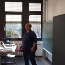 STUBE - Auf Jobjagd! Berufseinstieg in Deutschland - Präsentation Frau Schütrumpf