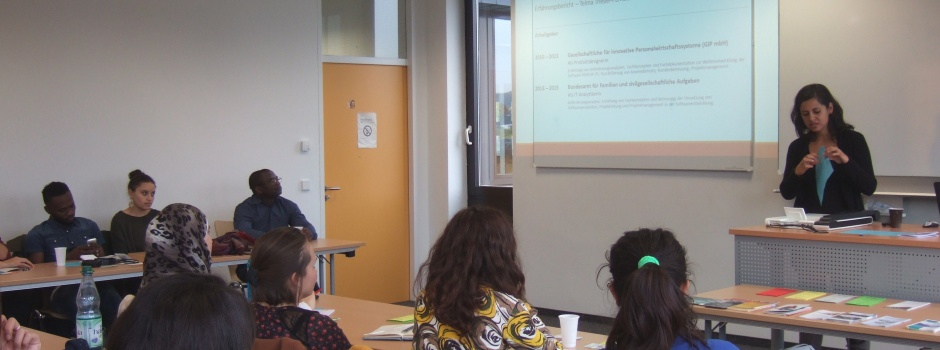 STUBE Tagesveranstaltung - Auf Jobjagd - STUBE Alumni berichten über Berufseinstieg - Frau Telma Triebel Pombeiro